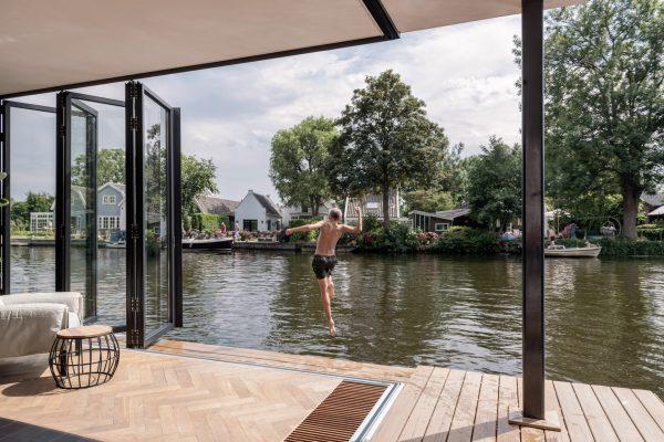 Hausboot bei Utrecht; Houseboat near Utrecht